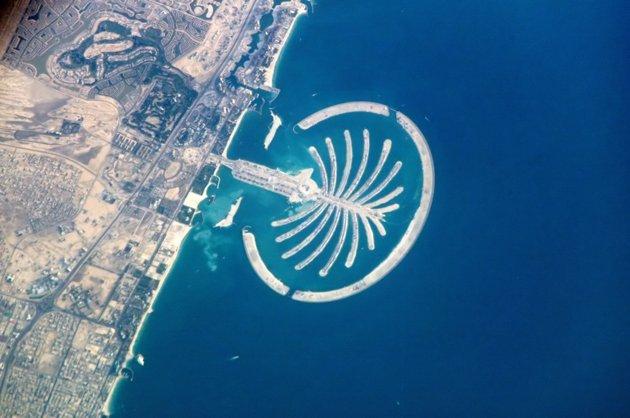 Palm Jumeirah – opened 2006 Loy Machedo's Top Ten Must Visit Dubai Landmarks